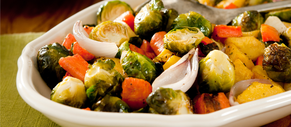 Roasted brussels sprouts with carrots