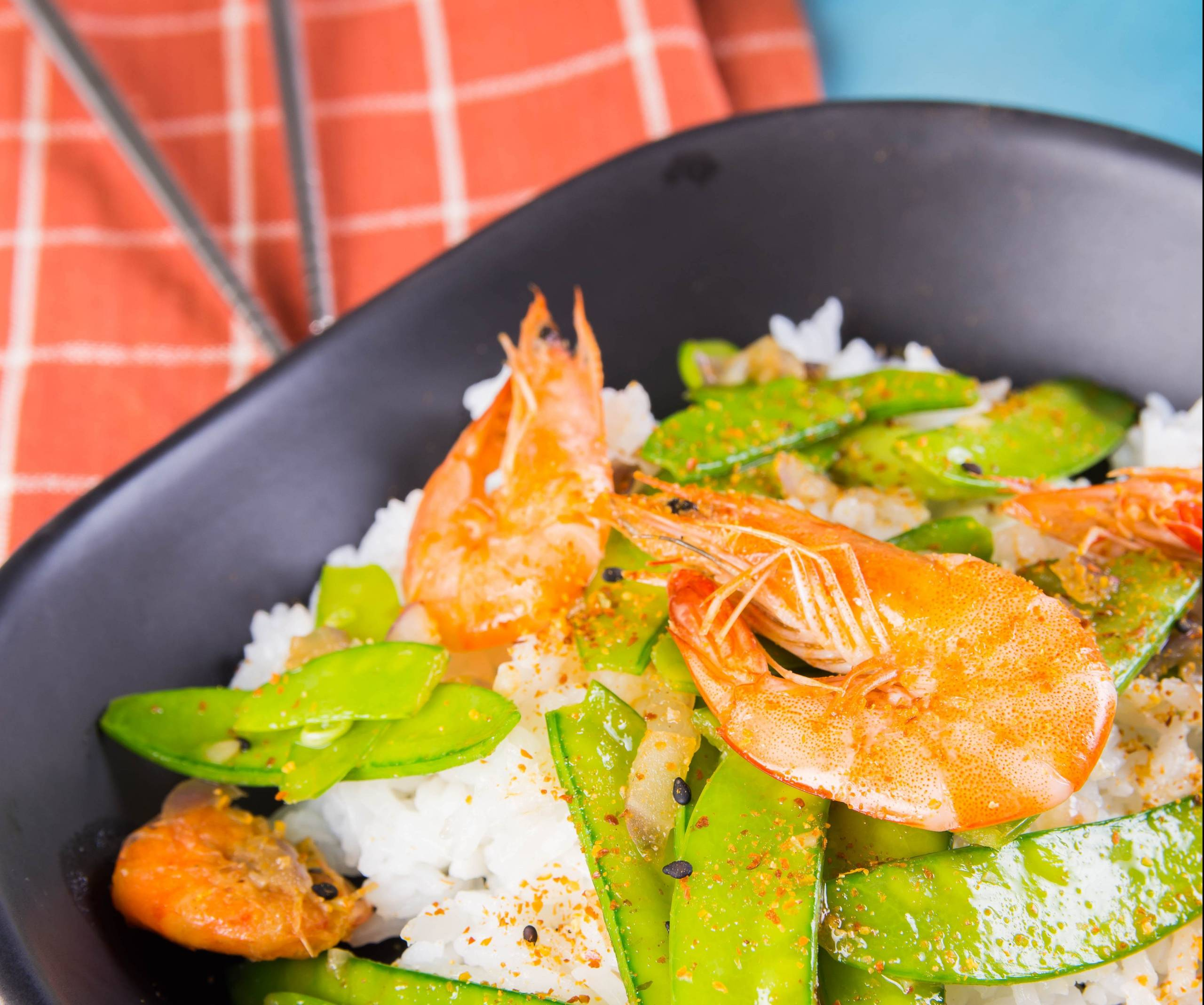 Family friendly gingered shrimp and snow pea stir-fry